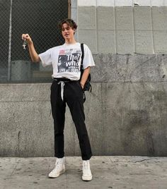 Catchy Outfit Street Style Ideas For Men 201922 Grunge Outfits, Fashion Outfits, Mens Fashion, Fashion Tips, Fashion Design, Fashion Trends, Street Fashion, Guy Fashion, Fashion Ideas