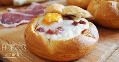 Huevos al nido Huevos Fritos, Cooking Recipes, Healthy Recipes, Fruit Drinks, Doughnut, Baked Potato, Camembert Cheese, Sandwiches, French Toast
