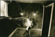 Leslie Robert  Krims (dit Les Krims)Cobweb, Nude, 1969