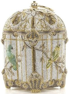 Judith Leiber Birdcage crystal bag I've always been a fool for Judith Leiber. The Museum of Art in New Orleans once put on an exhibit of her personal collection of bags. Oh my!