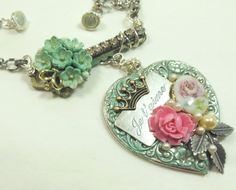 Large Heart Necklace, Key Necklace, Floral Cameo, Victorian Jewelry, French Jewelry, Bsue Boutiques, Item Jewel 16