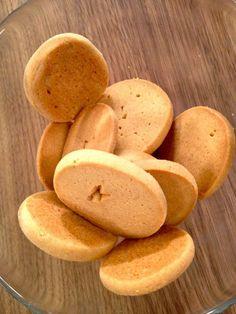 Τα εναλλακτικά γλυκά, που αποφεύγουν τη ζάχαρη, τα αγαπώ πολύ αλλά ποτέ μου δεν κατάλαβα πώς κανονίζεις τις δόσεις, είτε στη φρουκτόζη, είτε στη στέβια, εί