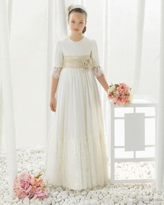 I found some amazing stuff, open it to learn more! Don't wait:https://m.dhgate.com/product/chiffon-lace-three-quarter-first-communion/403165068.html