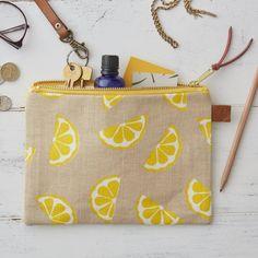Screen Printed Linen Zipped Bag - Lemons - Screen Printed Linen Zipped Bag – Lemons Fruit Yellow – Make Up Bag / Pencil Case / Purse - Diy Pencil Case, Diy Bags Purses, Painted Bags, Printed Linen, Jute Bags, Wash Bags, Fabric Painting, Diy Bag Painting, Bag Making