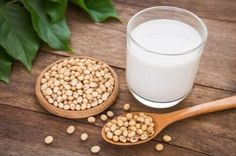 Despite the nutritional guideline recommendations, the mounting evidence has instructed Americans to avoid soy and soy milk because they can seriously harm people's health. Actually, soy milk can do more harm than good to your health. Soy Milk Nutrition, Grape Nutrition, Milk Protein, Soy Milk Benefits, Health Benefits, Homemade Soy Milk, Valeur Nutritive, Plant Based Milk, Health And Wellness
