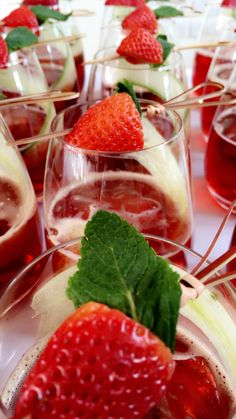 Pimm's Strawberry and Mint @GGWeddings