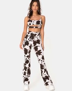 Moo-ve over, there's a new print in the field! Made for statement making, the Kiva trouser feature a brown and white cow print with high waist and slim flare fit. Cow Outfits, Cowgirl Outfits, Rave Outfits, Fashion Outfits, Cowgirl Costume, Cowgirl Party, Costumes For Women, Cow Costumes, Turtle Costumes
