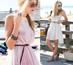 Sheer dress as a cover-up Summer Work Dresses, Summer Outfits, Venice Beach California, Vacation Dresses, Sheer Dress, Comfortable Outfits, Pretty Dresses, Dress To Impress, Beachwear