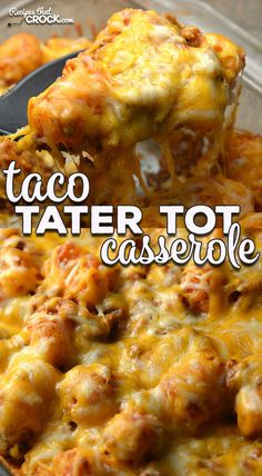 Taco Tater Tot Casserole (Oven Recipe) - Recipes That Crock! This Taco Tater Tot Casserole recipe for you oven is incredibly simple and absolutely delicious! Everyone will love it and want the recipe! Tator Tot Casserole Recipe, Tater Tot Recipes, Ground Beef Casserole, Casserole Dishes, Meat Recipes, Mexican Food Recipes, Mexican Tater Tot Casserole, Casseroles With Ground Beef, Recipes For Casseroles