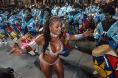 Sinónimo de candombe, son las calles Carlos Gardel e Isla de Flores -ubicadas a pocas cuadras del centro de la ciudad, en los barrios Sur y Palermo.
