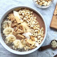 Start your day with a nutrient-packed breakfast. This Peanut Butter and Banana Smoothie Bowl is made with PB, frozen bananas, cocoa powder, and chia seeds ... and absolutely NO added sugar! via @MealMakeoverMom