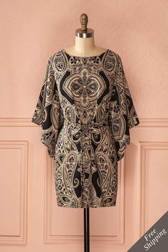 Janessa - Black dress with beige pattern