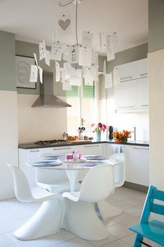 TOUCH cette image: Suspension en papier Ingo Mauer., Dans la cuisine, chaise... by The Socialite Family