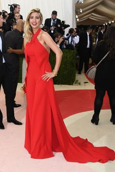 NEW YORK, NY - MAY 02:  Ivanka Trump attends the 'Manus x Machina: Fashion In An Age Of Technology' Costume Institute Gala at Metropolitan Museum of Art on May 2, 2016 in New York City.  (Photo by Larry Busacca/Getty Images) via @AOL_Lifestyle Read more: https://www.aol.com/article/lifestyle/2016/11/10/ivanka-trump-style/21603497/?a_dgi=aolshare_pinterest#slide=4268126