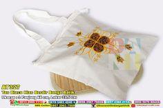 Tas Blacu Hias Bordir Bunga Batik Hub: 0895-2604-5767 (Telp/WA)#TasBlacuHiasBordirBungaBatik #souvenir #souvenirPernikahan