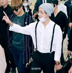 #BTS ( #V ) Airport Style #GUCCI