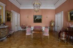 Grand Palais - Intérieur - Pavlovsk - Rez de Chaussée - Bureau Framboise - Réalisé par Charles Cameron et retravaillé par Vincenzo Brenna en 1789 et 1797.