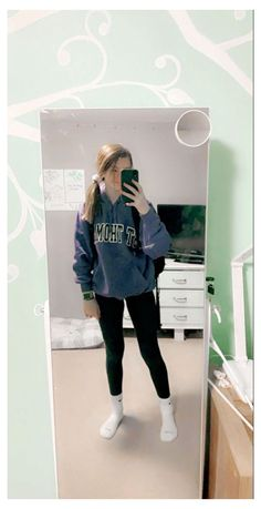 Cute Outfits With Leggings, Cute Lazy Outfits, Teenage Outfits, Legging Outfits, Basic Outfits, Sporty Outfits, Teen Fashion Outfits, Trendy Outfits, White Leggings Outfit