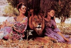 Tippi Hedren, Melanie Griffith and their lion