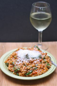 Tomato, Sausage, and Spinach Risotto except will try with shrimp (substitute the sausage)