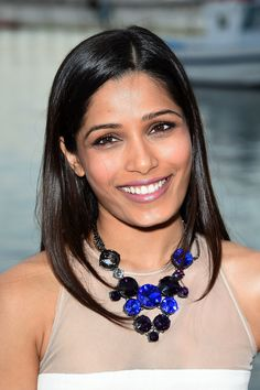 Freida Pinto is on-screen actress of the Indian origin who featured in the character of an Indian girls namely Latika in Danny Boyle's film Slumdog Millionaire in the year 2008. Description from net-biographies.com. I searched for this on bing.com/images