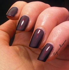 OPI Every Month is Oktoberfest: http://penguinlacquer.blogspot.de/2014/07/opi-germanicure.html #opi #nails