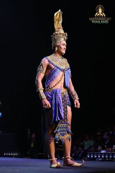 Traditional Thai Clothing, Traditional Outfits, Thailand Costume, Logo Line, Thai Style, Wonder Woman, Asian, Culture, Costumes