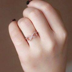 Beautiful gold ring