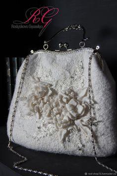 Валяная сумочка с цветочным принтом – купить в интернет-магазине на Ярмарке Мастеров с доставкой - EYXSNRU   Ульяновск