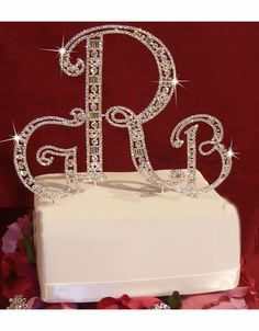 Wedding Cake Toppers Monogram. #wedding #weddingcakesideastrends #weddingcakesideas