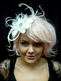 Silk satin ivory fascinator with handmade embroidered flowers & feathers. How To Make Fascinators, Wedding Fascinators, Wedding Hats, Headpieces, Hair Fascinators, Fascinator Hairstyles, Hat Hairstyles, Tea Party Hats, Carnival