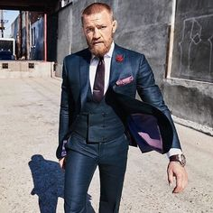 Almost Buzzed - Conor McGregor Inspired Haircuts Conor Mcgregor Anzug, Conor Mcgregor Suit, Mcgregor Suits, Connor Mcgregor, Gentleman Mode, Gentleman Style, Three Piece Suit, 3 Piece Suits, Mens Fashion Blog