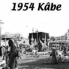 Old pic of kaabah Islamic Images, Islamic Pictures, Islamic Art, Islamic Quotes, Mecca Madinah, Mecca Masjid, Masjid Haram, History Of Islam, Mekkah