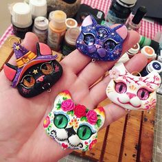Clay Art Projects, Polymer Clay Projects, Polymer Clay Charms, Diy Clay, Clay Crafts, Clay Figures, Partys, Sculpture Clay, Air Dry Clay