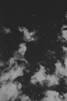 Black and White Photography Sky Full Of Stars, Look At The Stars, Nocturne, Night Skies, Night Clouds, Belle Photo, Looking Up, Black And White Photography, Photos