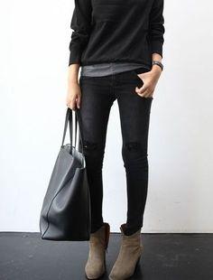 Donkere kleuren, laagjes, enkellaarsjes, grote tas