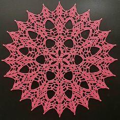 Crochet Thread Size 10, Crochet Hooks, Wind Rose, Vintage Crochet Patterns, Crochet Winter, Half Double Crochet, Slip Stitch, Crochet Doilies, Coasters