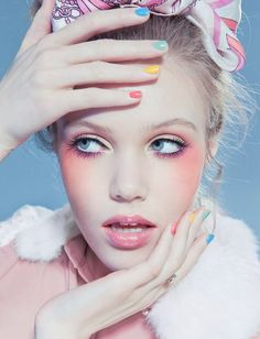 Pastel colored eyes