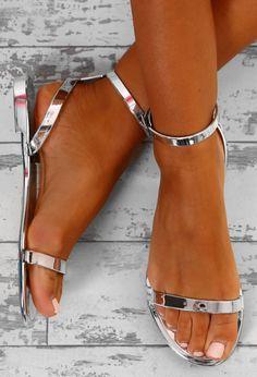 1d8d45a10962bb Beach Chic Silver Metallic Jelly Sandals - UK 3