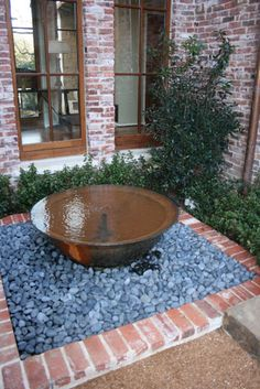 Water Features You Can Make In A Day A sugar kettle water feature. Striking and easy to create. even nicer as a fountain! Outdoor Water Features, Water Features In The Garden, Garden Pool, Shade Garden, Landscape Design, Garden Design, Container Water Gardens, Backyard Water Feature, Diy Water Feature