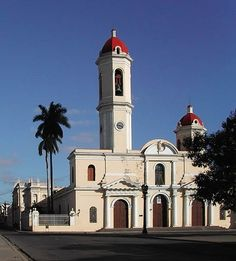 In UNESCO inscribed the Urban Historic Centre of Cienfuegos on the World Heritage List, citing Cienfuegos as the best extant example of the early Spanish Enlightenment implementa… Trinidad Cuba, Cienfuegos, Urban Planning, Notre Dame, Cathedral, 19th Century, Mansions, Architecture, World