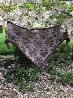STRIPED CIRCLES by Marion Bulin, knitted by Purlificknitter   malabrigo Mechita in Pearl and Ilusion