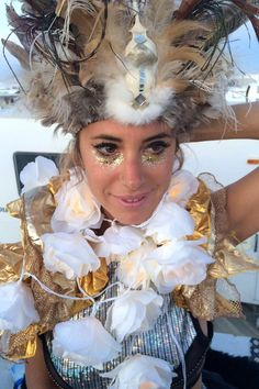 10 INCREDIBLE beauty looks from Burning Man                              …