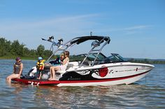 Boating Safety Tips For Your Next Maritime Family Adventure — Every Thing For Dads Walleye Boats, Boating License, Boat Storage, Storage Ideas, Boat Interior, Interior Ideas, Boat Safety, Boat Seats, Places To Rent