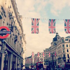 Oxford Circus  London  8xx Fine Art by alysiacotterphotog on Etsy, $40.00