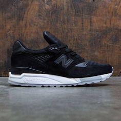 Black New Balance Shoes, New Balance 998, New Balance Sneakers, Retro Jordans 11, Nike Air Jordans, Design Nike, Design Design, Zoom Iphone, Iphone 5c
