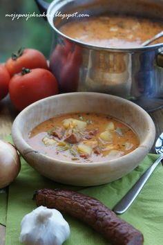 Gypsy Soup with Bacon Polish Soup, Soup Recipes, Cooking Recipes, Norwegian Food, Polish Recipes, Frugal Meals, Healthy Soup, International Recipes, Soups And Stews