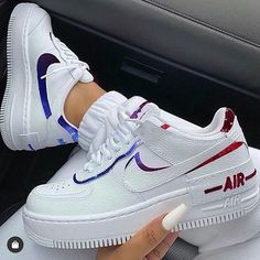 Which Shoes Should You Wear? Zapatillas Nike Jordan, Tenis Nike Air, Nike Af1, Jordan Shoes Girls, Nike Shoes Air Force, Reflective Shoes, Moda Sneakers, White Nike Shoes, Aesthetic Shoes