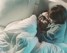 Healer - Ji Chang Wook and Park Min Young Hug In Bed, Couple Cuddle In Bed, Romance, Wattpad, Healer Korean, Healer Kdrama, I Want A Divorce, Back Hug, Hug Gif