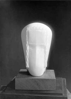 https://www.centrepompidou.fr/id/cazjbEn/rdLxeAn/fr Joseph Csaky,Tête de femme, 1921